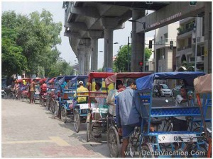 rikshaws-in-new-delhi-india