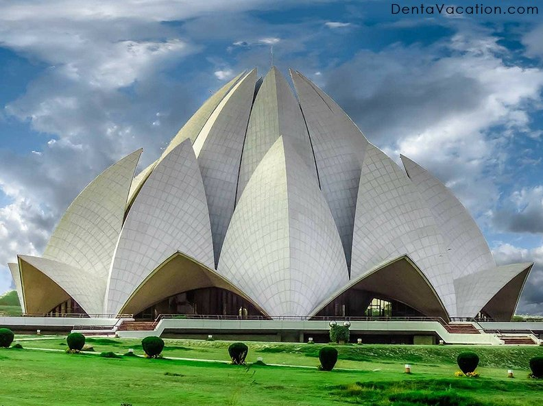Lotus Temple- Tourism and Dental Work in New Delhi