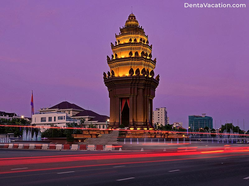 Independence Monument | Dental Tourism in Phnom Penh